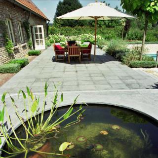 Naturstein Wolf - Gartenteichgestaltung mit Naturstein und Findlingen
