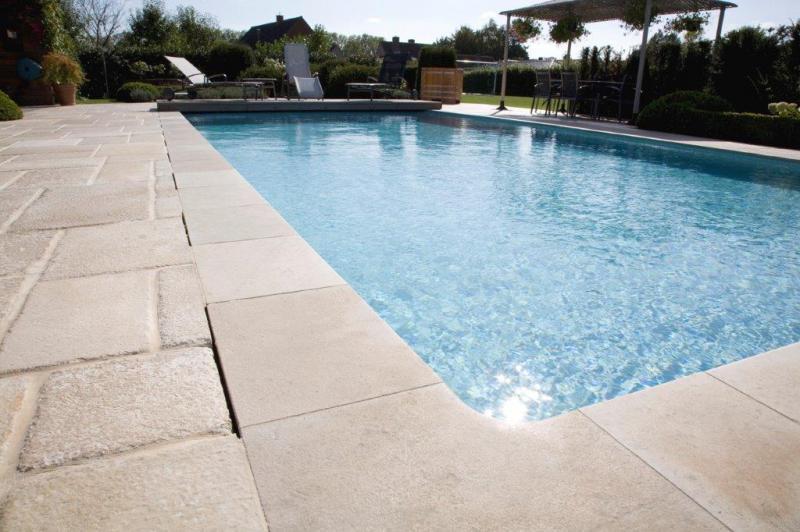 Naturstein wolf poolgestaltung mit natursteinen aus for Schwimmpool angebote