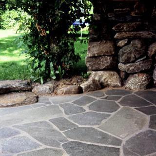 terrassenplatten naturstein haloring. Black Bedroom Furniture Sets. Home Design Ideas